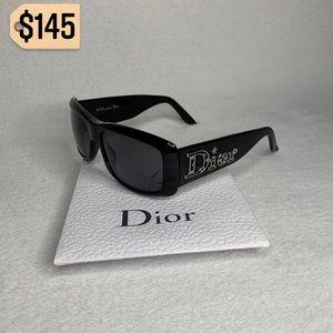✨✨✨✨SOLD✨✨✨✨Christian Dior Floral Black Sunglasses
